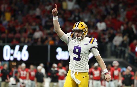 LSU quarterback Joe Burrow celebrates a touchdown in the SEC title game.