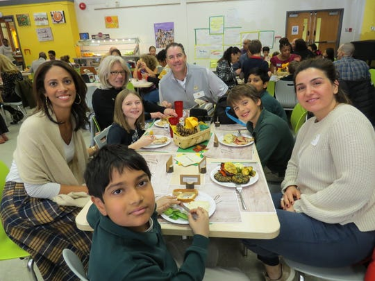 W+H students, parents, teachers and friends share fellowship and a meal at Friendsgiving.