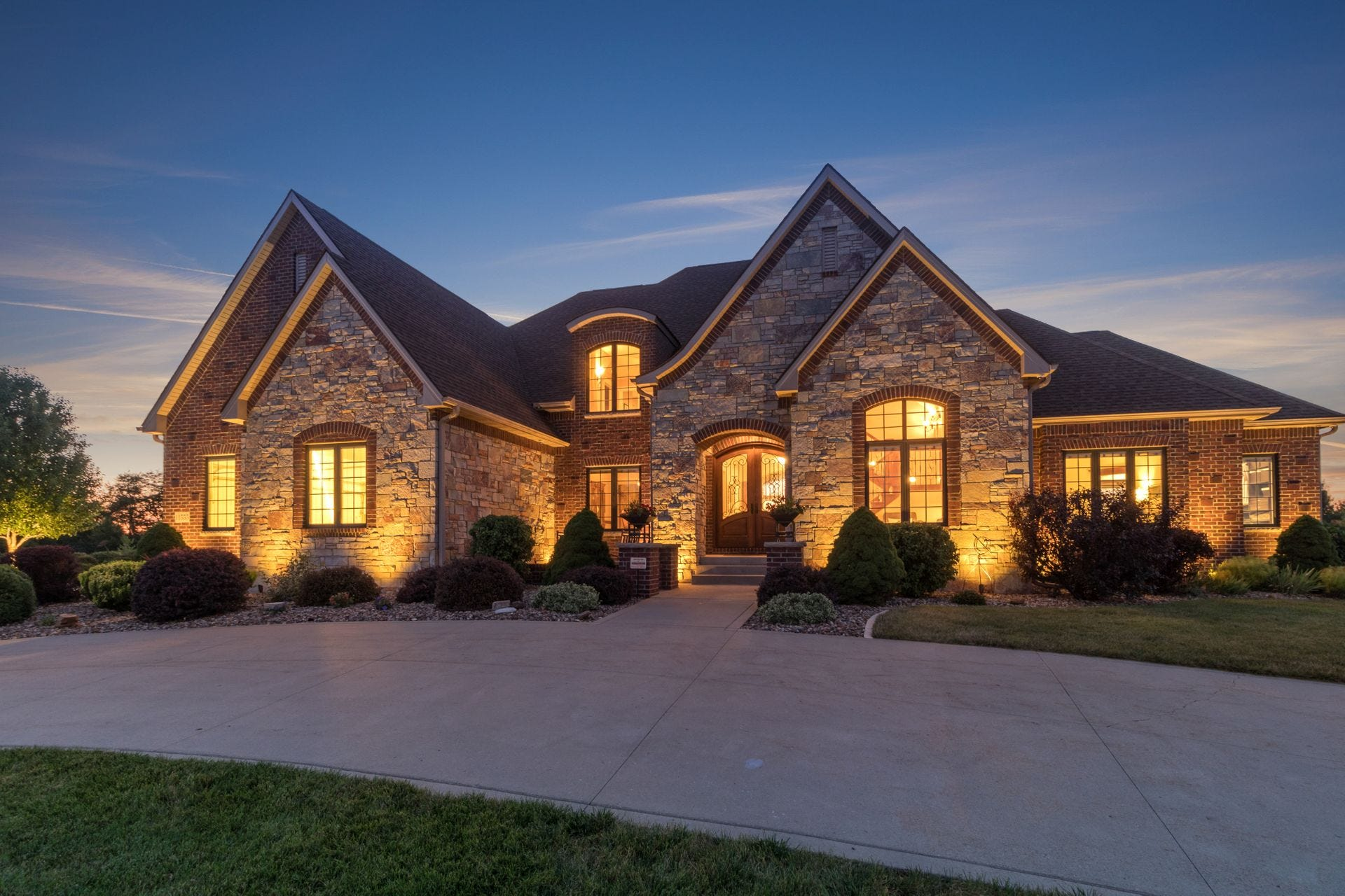 Mansion Monday: $1.3 million country estate northwest of Des Moines