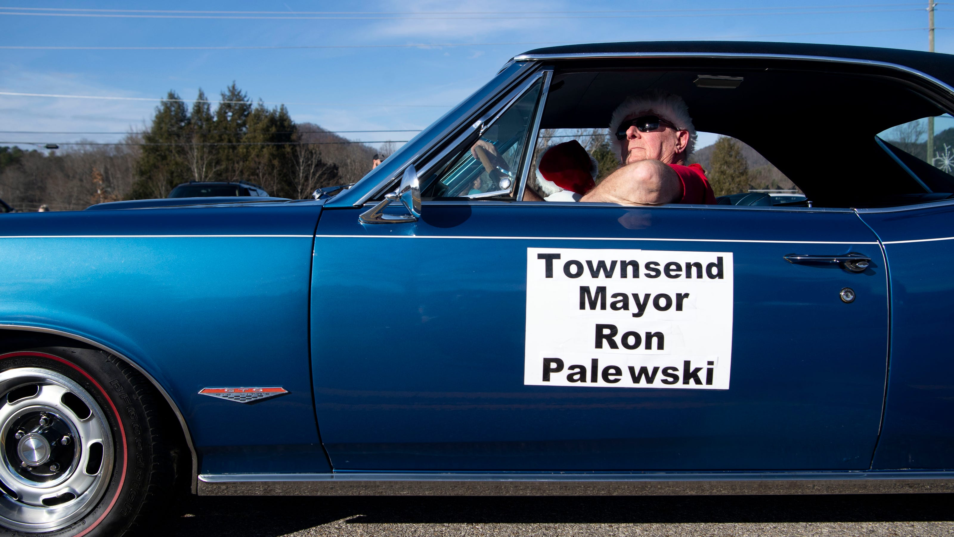 Townsend announces death of city mayor Ron Palewski