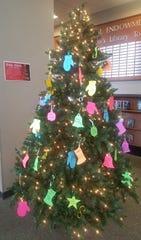 The Summer Reading Program Tree at Manitowoc Public Library.
