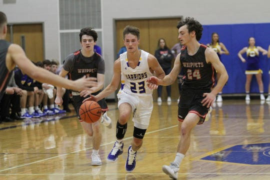 Ontario's Griffin Shaver is averaging 25-plus points a game for the Warriors through two games as he has his team at 1-1 to begin the year.