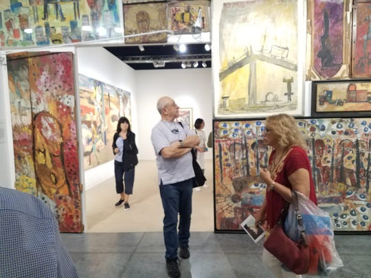 Art Basel in Miami draws not only the art loving public, but international connoisseurs of the avant-garde.