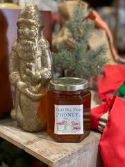 Goat Hill Farm Honey is harvested on a family farm in the heart of Germantown, TN.