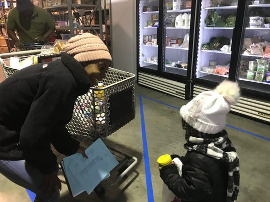 Quanisha Anderson and her three year old spent time shopping last week.