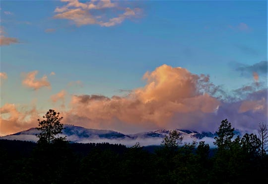 A Ruidoso sunset was captured Monday.