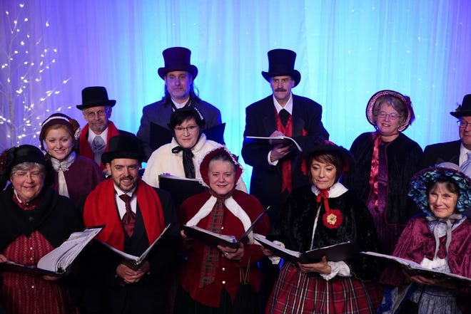 "Festival Chorale Oregon will present ""Sing We Now of Christmas,"" an old-fashioned Christmas with Victorian carolers on Dec. 15."