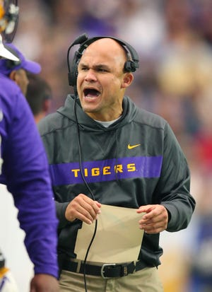 No. 1: Dave Aranda, LSU defensive coordinator: $2,500,000: In 2017, LSU increased his basic annual pay from $1.2 million to $1.8 million. In 2018, Texas A&M's interest in Aranda prompted LSU to renegotiate his contract again, this time giving him a four-year deal that pays $2.5 million annually. In 2015, as Wisconsin's defensive coordinator, he was making $520,000.
