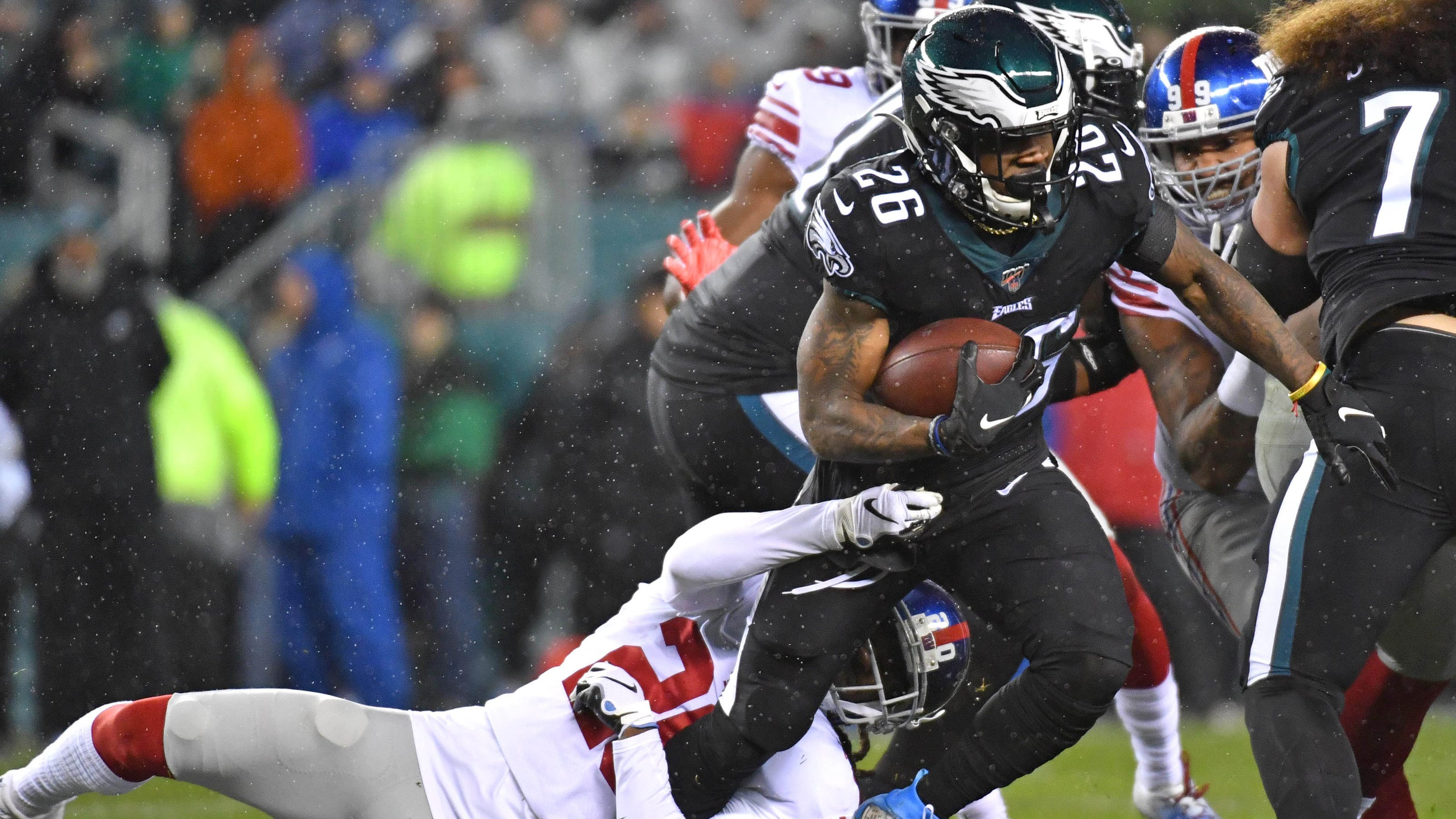 Eagles prevail in OT, move into first-place tie atop NFC East