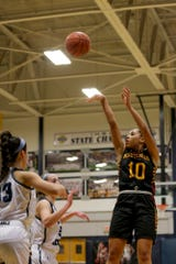 Daylynn Thornton scored 10 points during a fourth-quarter comeback over Lafayette Jeff on Tuesday.
