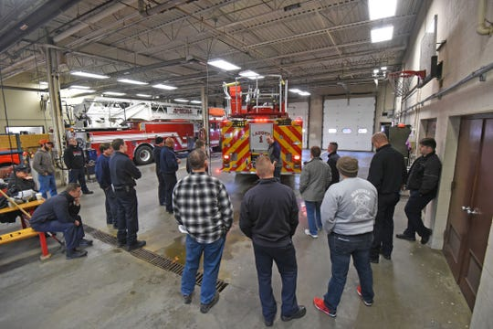 Mansfield firefighters learn how to operate the city's new ladder truck, which can reach 107 feet from the ground up, 32 feet longer than the department's current aerial truck ladder.