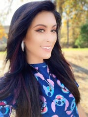 Jessica Meuse will perform a free concert Saturday in Montgomery at the Eastdale Mall ice rink.