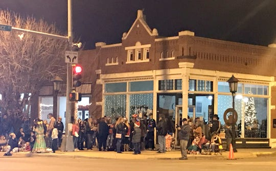 The Copper Kettle Coffee Shop at the corner of Gold and Spruce streets entertained downtown visitors with warm holiday beverages and Christmas carols sung by the Deming High School Choir.
