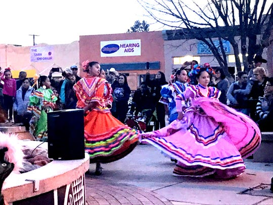 Luna Star Dance Folklorico Ballet drew thunderous applause from the audience at Leyendecker Plaza.