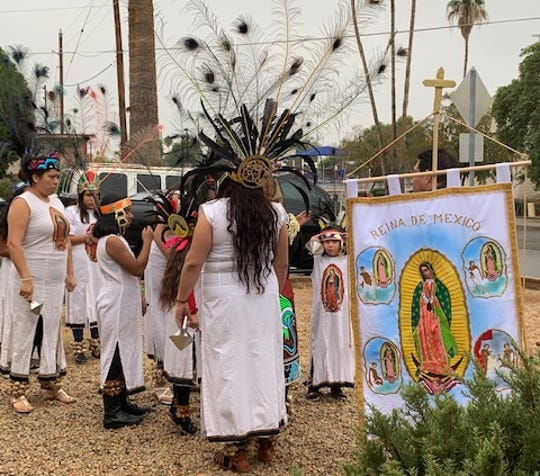 Migrants in Phoenix paying tribute to La Virgen de Guadalupe