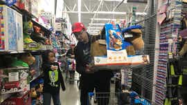 Jeremy Renner shops with Reno kids for sheriff's office event