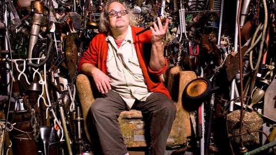 Eugene Chadbourne plays at 8 p.m. Thursday at Blue Tavern, 1206 N. Monroe St.