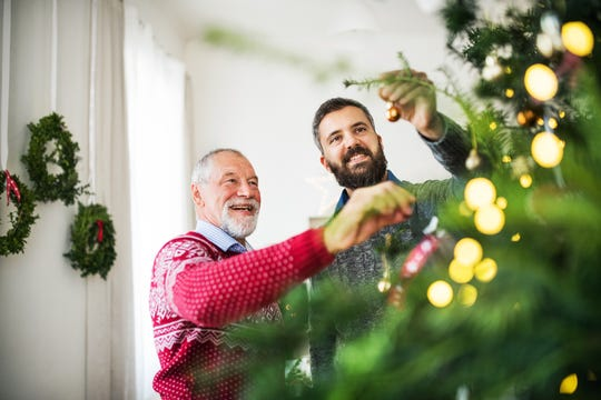 When visiting mom and dad over the holidays, look for signs that are indicators of wellbeing.