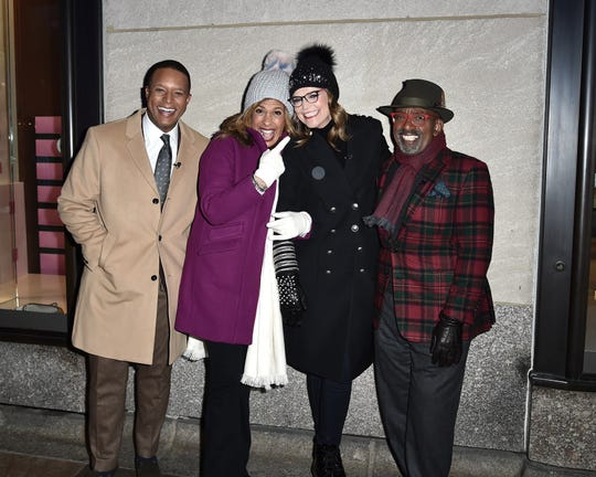 Savannah Guthrie joined Craig Melvin, Hoda Kotb and Al Roker at the Rockefeller Center Christmas Tree Lighting on Dec. 4, trading her contacts for a pair of glasses after suffering a torn retina.