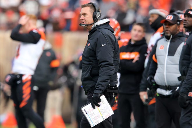 Cincinnati Bengals defensive coordinator Lou Anarumo looks on in the second quarter during a Week 14 NFL football game against the Cleveland Browns, Sunday, Dec. 8, 2019, at FirstEnergy Stadium in Cleveland.