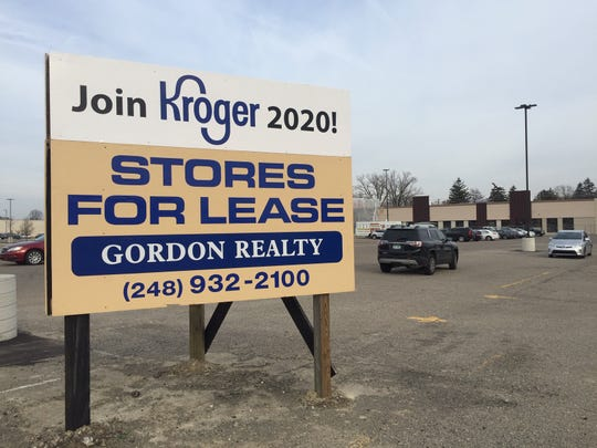 Kroger is opening a new store on Greenfield Road in the shopping plaza north of Lincoln.