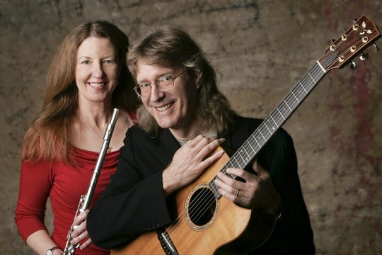 Doug Smith and his wife, Judy Koch Smith, will perform Dec. 28 at the Annenberg Theater in Palm Springs
