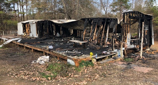 A residence in the 2600 block of Barron Road in Bossier Parish caught on fire Wednesday night. The cause of the fire remains under investigation.