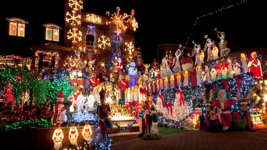 Who Has The Best Christmas Lights In The Hudson Valley