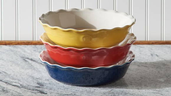 Best last-minute Amazon gifts: Emily Henry Pie Dish