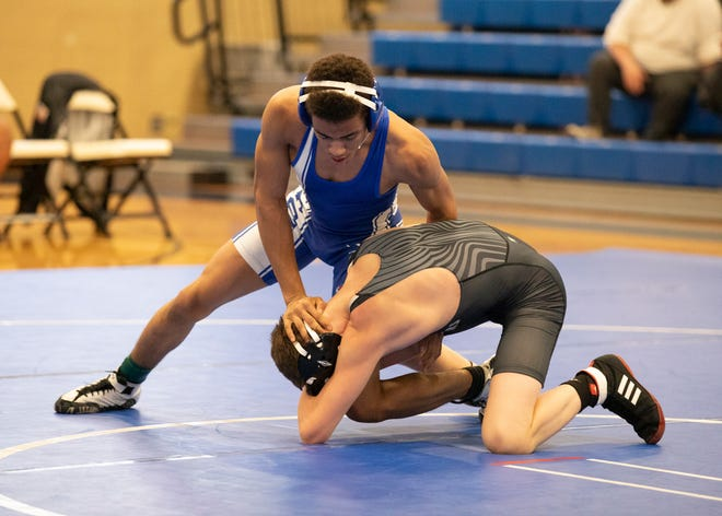 Chillicothe's Atraylyew Howard defeated Miami Trace's Riston LeBeauin in a 126-pound match on Dec. 12, 2019, in Chillicothe, Ohio.