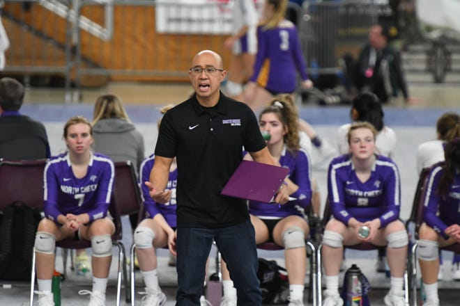 Since moving to Washington State in 2000, former Guam coach and National Volleyball Team player Richard Abiador returned to his passion for coaching volleyball. He recently led his team, North Creek in the city of Bothell, to two state bids and in 2019, finished fifth place in the state tournament.