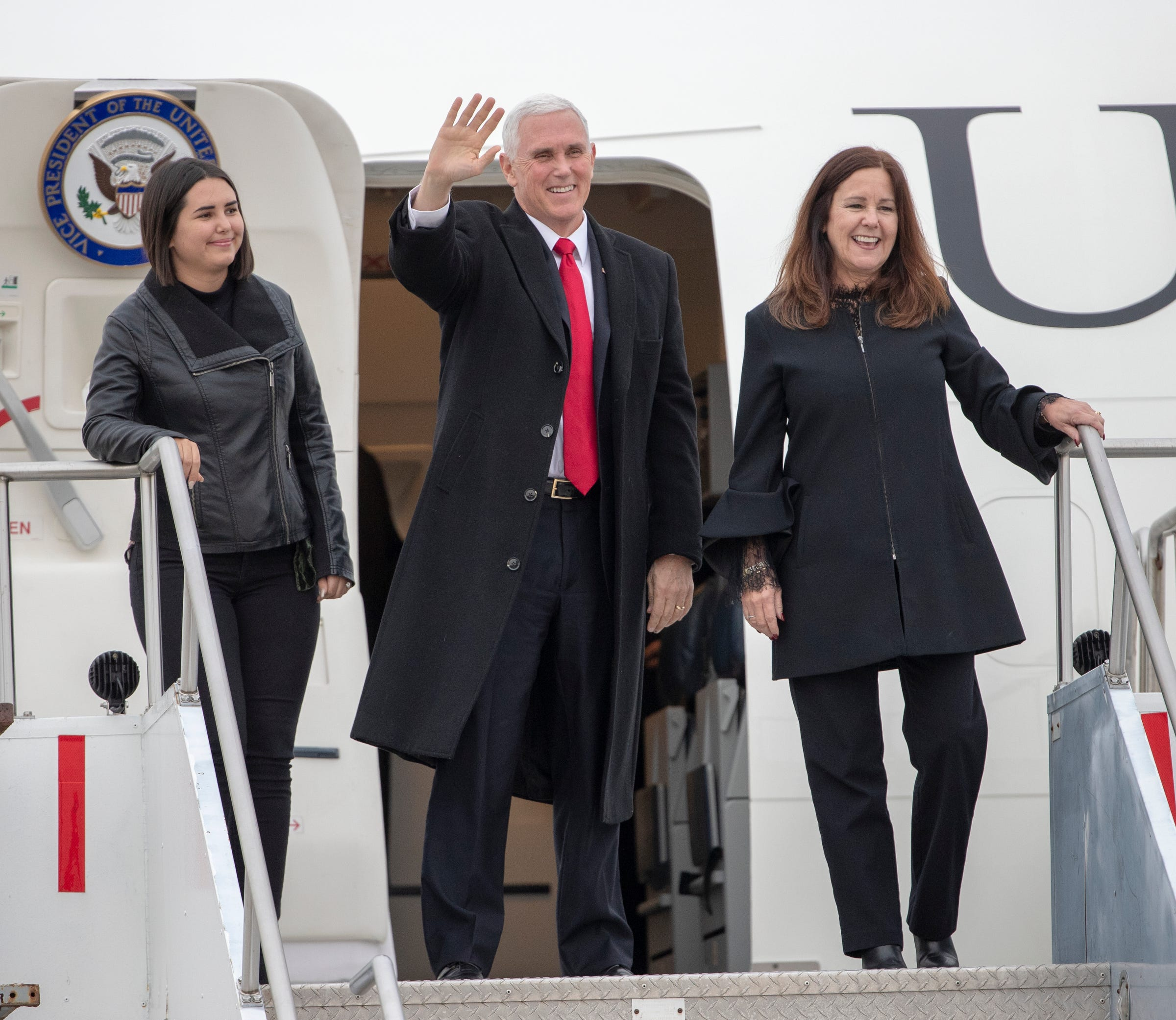 Vice President Mike Pence arrives in Indianapolis for roundtable on Holcomb re-election
