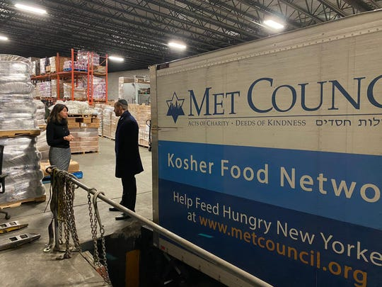With the only kosher food store out of commission in the Jersey City neighborhood where this week's deadly shooting took place, about 10,000 pounds of kosher food was donated via Met Council, a New York-based Jewish charity to help Jewish families make it through the Sabbath.
