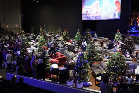 50 Christmases reconnects families incarceration has separated and prisoners a glimpse of what they left behind.