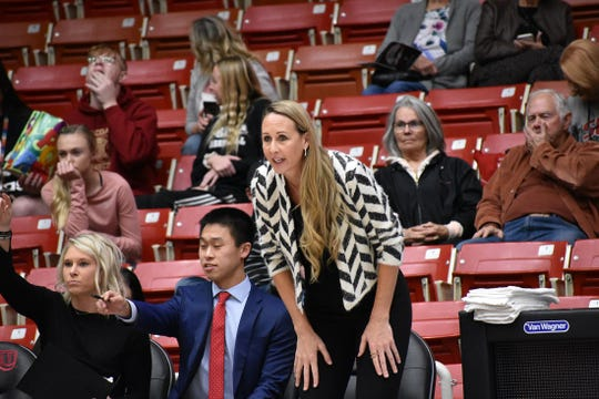 SUU women's basketball coach Tracy Sanders.