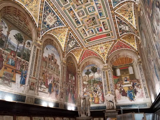 A side trip to Siena shows the library in the Duomo di Siena.