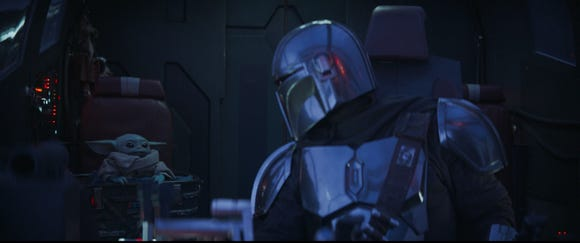 """Baby Yoda and The Mandalorian in """"The Mandalorian"""" Chapter 6"""