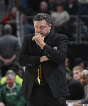 Oakland coach Greg Kampe