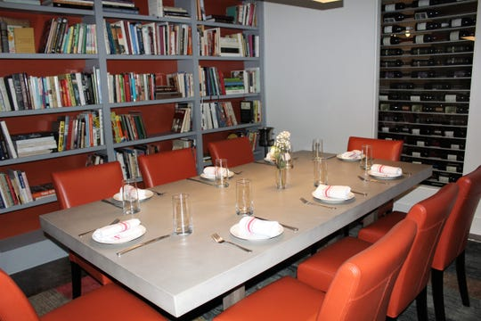 The private dining library at Sauvage restaurant, located at 608 Absinthe Court in Shreveport.
