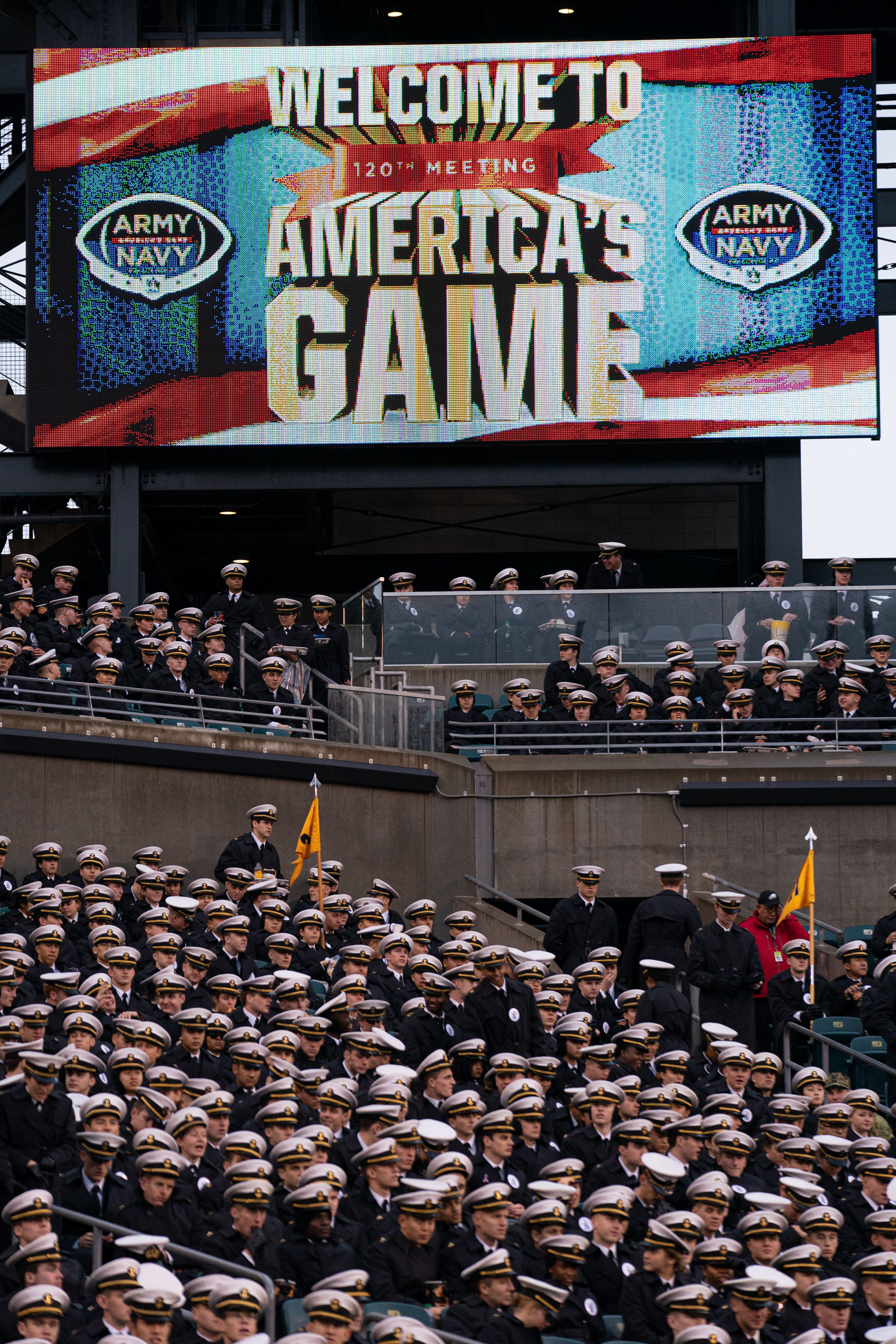 Army-Navy game: Academies looking into students  hand symbols during pregame broadcast