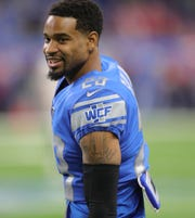 Lions cornerback Darius Slay warms up before the game against Buccaneers on Sunday, Dec. 15, 2019, at Ford Field.