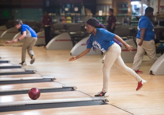 Lanier's Lei'la Williams rolls the ball during a meet at Bama Lanes in Montgomery, Ala., on Thursday, Dec. 12, 2019.