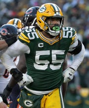 Green Bay Packers outside linebacker Za'Darius Smith (55) against the Chicago Bears during their football game on Sunday, December 15, 2019, at Lambeau Field in Green Bay, Wis.