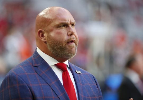 Arizona Cardinals general manager Steve Keim watches his tea warm up before playing against the Cleveland Browns at State Farm Stadium December 15, 2019.