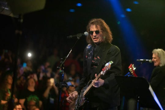 Dennis Dunaway and Michael Bruce perform at Alice Cooper's 18th Annual Christmas Pudding on Saturday, Dec. 14, at the Celebrity Theatre in Phoenix.