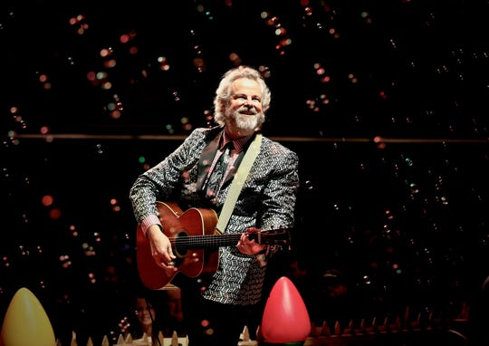 Robert Earl Keen brings his Christmas Countdown tour to GPAC on Saturday.