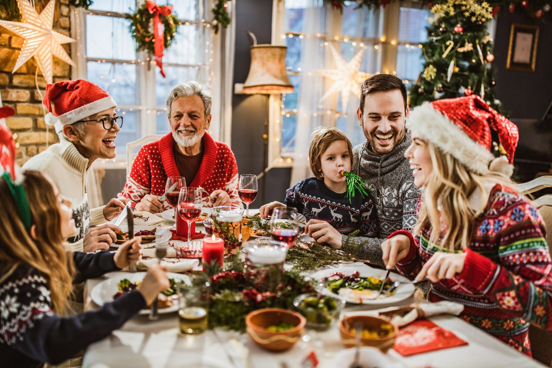 Restaurants open on Christmas Eve, Christmas in Naples, Bonita