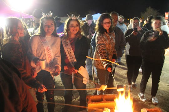 Alamogordo celebrated its annual Christmas Tree Lighting on Dec. 13 and Parade of Lights on Dec. 14.