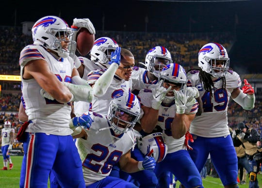 The Bills partied in Pittsburgh after 17-10 win. A victory at New England would tie Patriots for first place in AFC East and stamp Bills a very dangerous playoff opponent.
