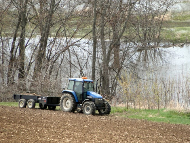 The Wisconsin legislature's Water Quality Task Force is close to making recommendations to protect water quality including several that will impact farming.
